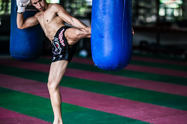 FIGHTING SPIRIT GYM 泰拳训练